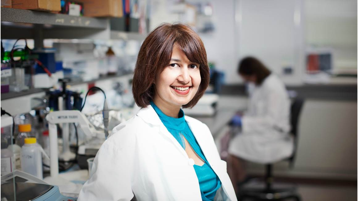 Dr. Seema Mital in her lab