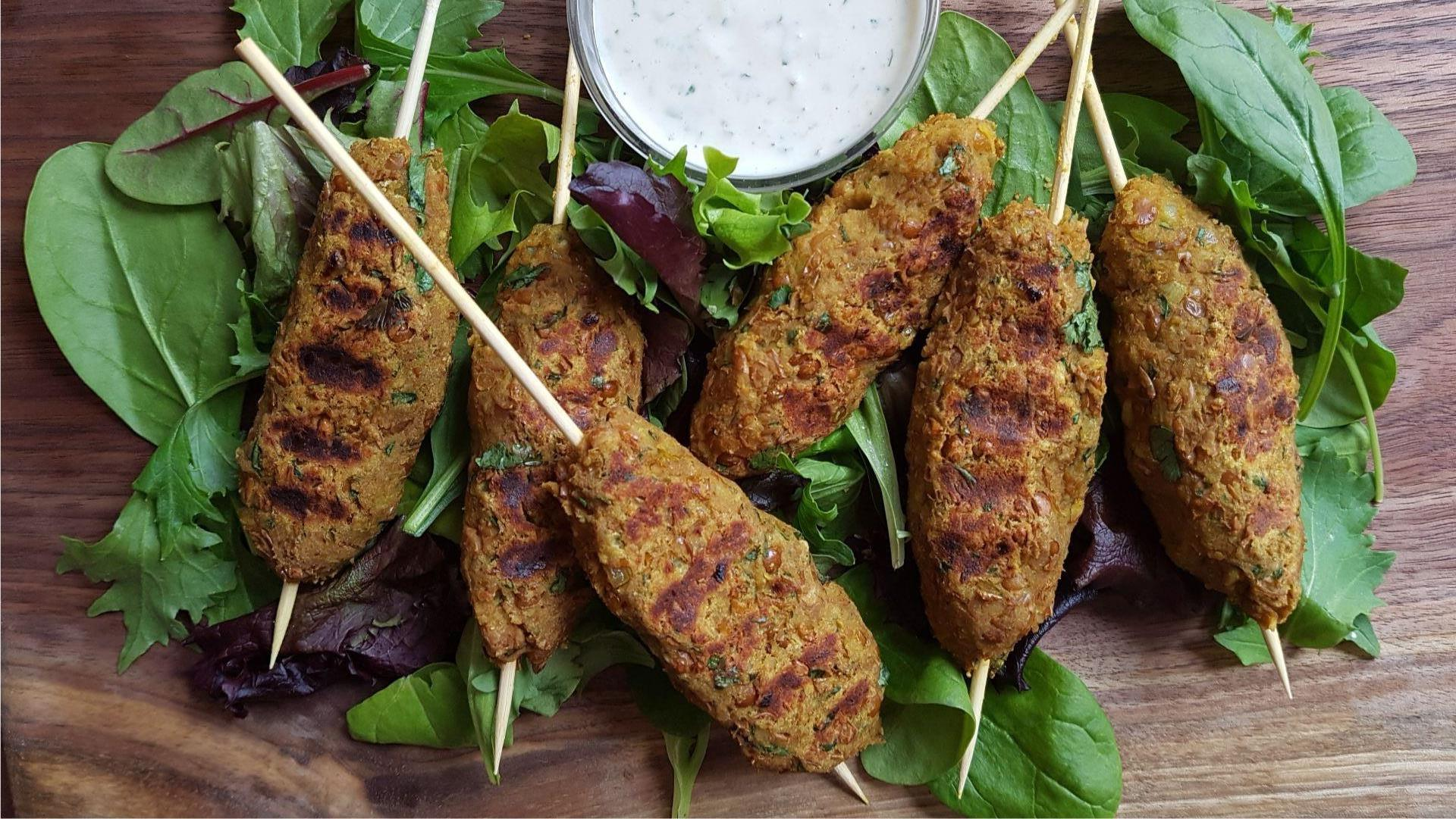 Lentil skewers with tahini sauce