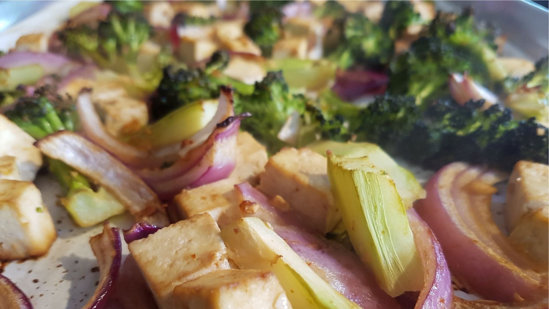 Roasted chopped red onion, broccoli, ginger and tofu