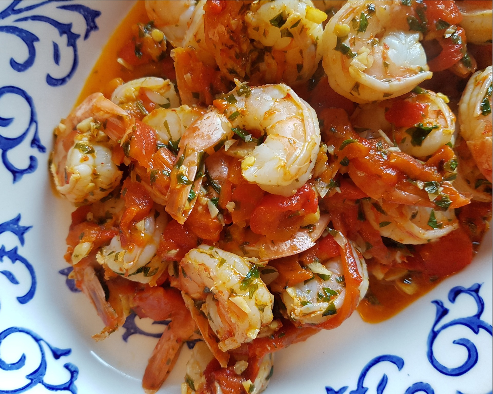 Skillet shrimp with roasted red pepper lemon sauce