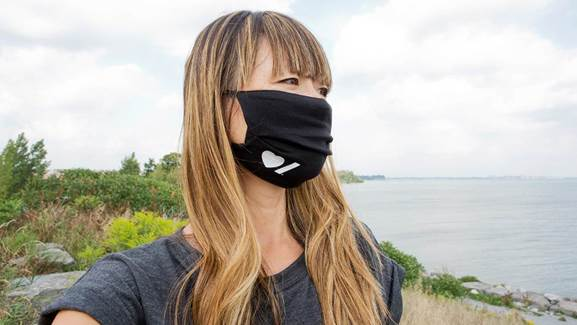 girl wearing a hsf mask