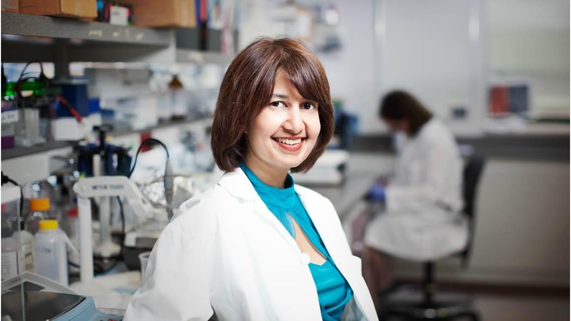 Dr. Seema Mital in her lab