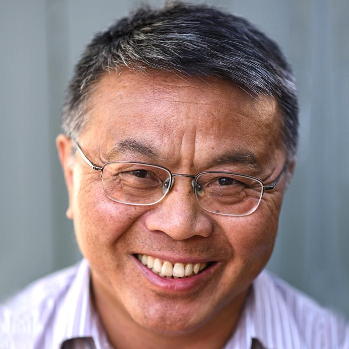 Dr. Shi Wu