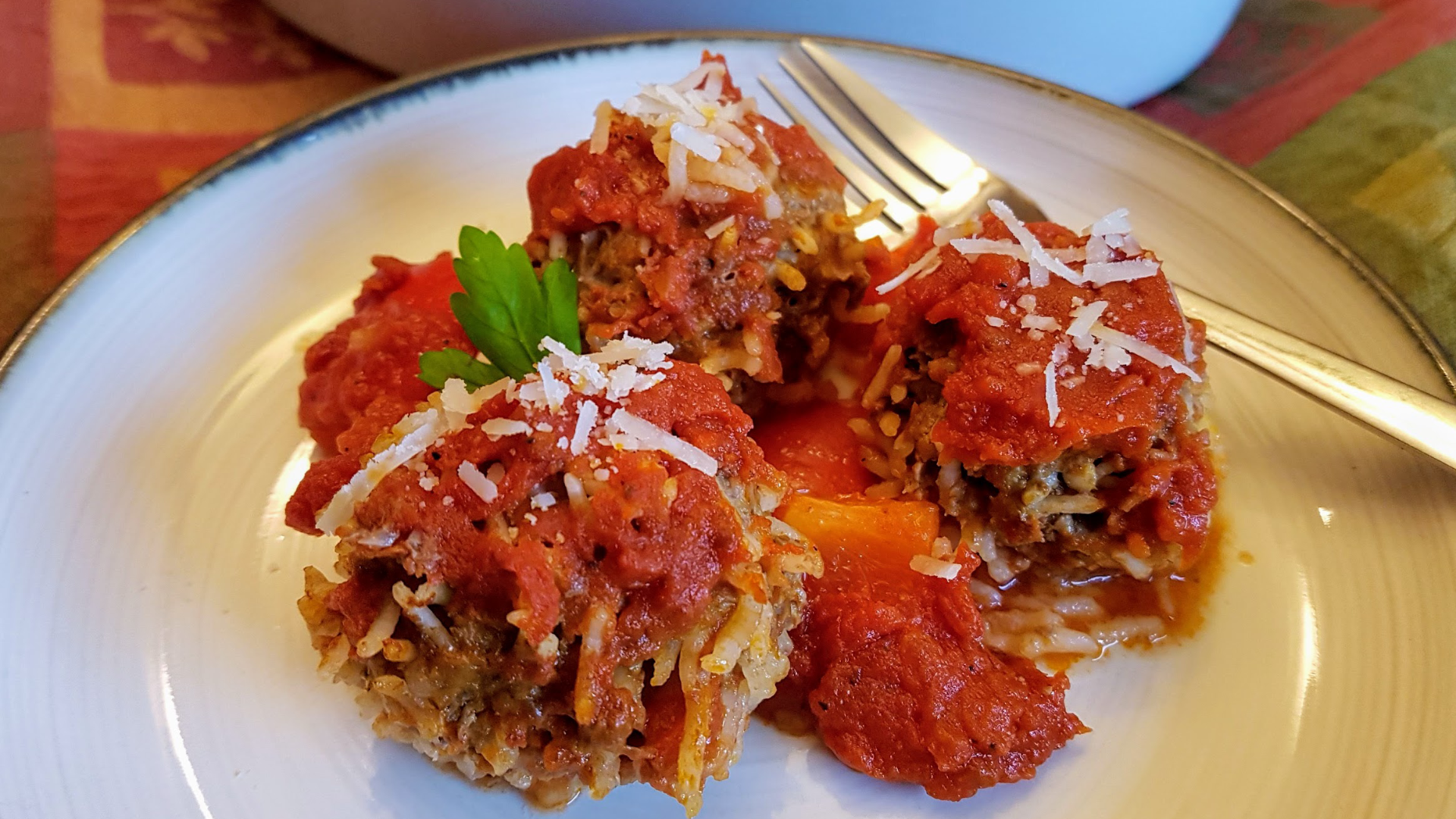 Porcupine meatballs on a plate